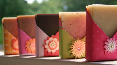 Soap packaging idea by Nikki Hoefer on Soap Making Essentials
